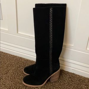 UGG Maeve Suede Boot-size 6
